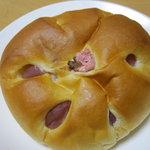 まるしょうパン - 料理写真:サクラあんぱんです。