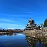 33910027 - お店の近くの松本城、さすが天下の名城。