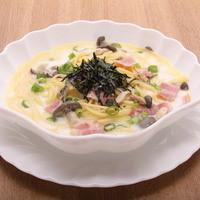 パスタハウス トライアングル - 人気NO1の特製スープスパゲティ。ベーコン、ひらたけきのこ、あさりの旨味が凝縮したスープは最後の一滴まで飲めます。