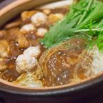 一鳳 - 料理写真:名古屋コーチンの味噌鍋【2014年10月】
