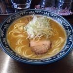 さとう - 濃厚魚介豚骨ラーメン(濃厚魚介豚骨では「つけ麺」がお薦め。特に暑い夏は特別美味しい)