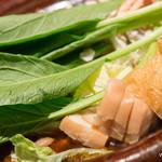 豚肉創作料理 やまと  - 薬膳不老長寿鍋(赤)【2014年11月】