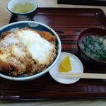 満津田食堂 - カツ丼
