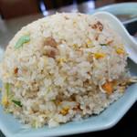 新華楼 - 料理写真:2013年4月 チャーハン【500円】普通に二人前です( ゚Д゚)
