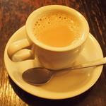 ミルクホール - カフェラテ 750円