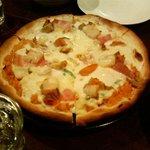 とまと - ココのドリアピザは絶品です!!
