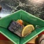 33940785 - シメ鯖だって美味いのなんのって・・・シアワセ♪