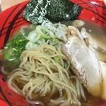 加西サービスエリア(上り線) フードコート - 加西サービスエリア(上り線) フードコートの加西醤油ラーメンの麺(14.10)