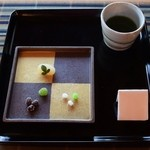 きむら屋 - サービスのお抹茶用のお菓子