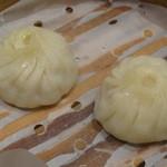 紅虎餃子房 - 小龍包(2個、210円)