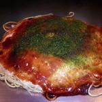 へんくつや - そば肉玉700円(税込み)