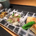蕎麦屋 にこら - 京えび芋唐揚げ 真鯛のカルパッチョ 牡蠣西京味噌漬(カレー風味)