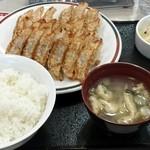 33951548 - ジャンボ定食¥751