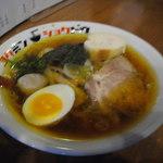 コクミンショクドウ - なま味しょうゆ 800円 2015/1/4 ピンボケ