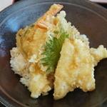 天満屋 ファミリーレストラン - 天丼(900円)2015年1月
