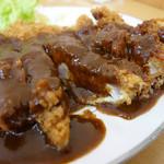 味一 - 2013年4月 黒豚ロースカツ定食。ソースたっぷり(´▽`)