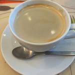ファミーユ - ホットコーヒー・スプーンに注目