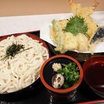 桂庵手打そばうどん - 2013年4月 天ざるうどん(太い麺)980円