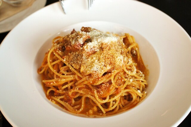 Trattoria&Pizzeria LOGIC 横浜 - 牛筋肉のミートソース・スパゲティ