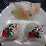 奈良輪 豊月堂 - 花びら餅¥210   いちご大福@¥170