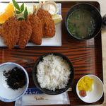 まるさん - 魚フライ定食 1404円