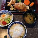季楽 - ハンバーグランチ 500円