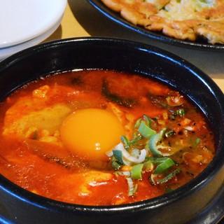 ◆寒い夜にはあったか韓国チゲがピッタリ!