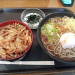 33975102 - かき揚丼セット¥620、とろろ¥110、玉子¥50