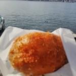 ビッグ セット - 牡蠣カレーパン・・・そのお味は?