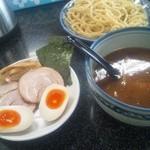 縁者 - 特性つけ麺