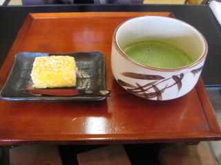 蔦屋茶寮 - 抹茶とカスドース