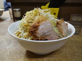 蓮爾 さんこま店 - 小ラーメン(ヤサイ、カラメ)