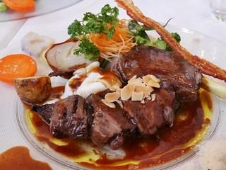 Restaurant LE MiDi - 飛騨牛ほほ肉の赤ワイン煮込み