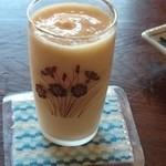 実家カフェ - グラスも昭和