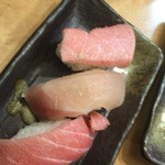 丸寿司 - マグロ三昧?