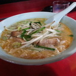 請来飯店 - 料理写真:四川特別ラーメン(坦々麺)