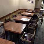 大丸やき茶房 - 内観写真:喫茶コーナー