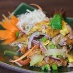 大阪カオマンガイカフェ - 揚げ玉子のサラダ
