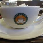 34004758 - オリジナルマーク入りのカップ