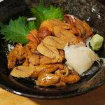 漁十八番 - 雲丹丼