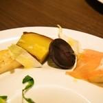 Ristorante Heiju - 本日の前菜(ネットリ芋のソテー、鳴門金時、黒人参バターソテー、パルマ産生ハムと洋梨)