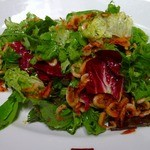 キヴィシルト - 桜エビのサラダ、オイルに海老の旨みが乗り移って美味しい皿です。お勧め!!!