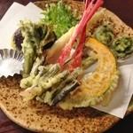 宮野屋 - 山菜てんぷら(620円)