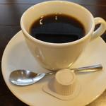 34024088 - シフォンケーキセットB 330円 ホットコーヒー 【 2015年1月 】