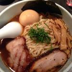 麺屋武蔵 虎嘯 - 醤油 中盛