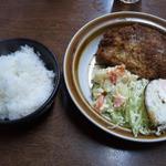 34030100 - 今日のおすすめC メンチカツサラダ目玉焼き 600円