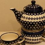 ジュメイラ オアシス - ぷっくりした形や独特な手作りデザインがかわいいポーランド食器を販売