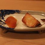 樋口 - 海老芋揚げ と カラスミ (2014/12)