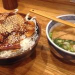 34039212 - 20151.7  バラ丼肉大盛り+半うどん☆  1166円