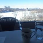 六花亭 - コーヒーおかわりとお冷はセルフ